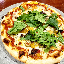 Pizza Mediterranéa