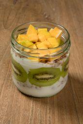Media Granola de Frutas