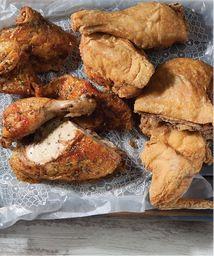 1 + 1/2 Pollo + 3 Acompañamientos