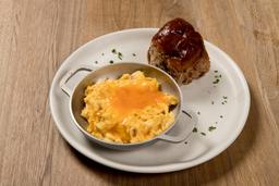 Huevos Queso Cheddar y Tocineta