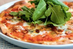 Pizzeta Queso Azul y  Almendra