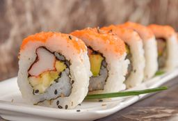 promo pad thai pollo + 5 bocados de sushi california