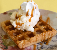 Waffle con helado