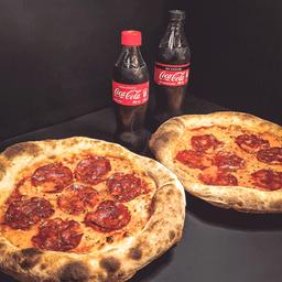 2 pizzas DIAVOLA con 2 Coca-Cola