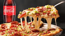 Pizza XL y Coca Cola