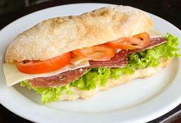 Sándwich Sopressata