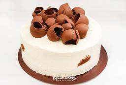 Torta de Chocolate 1/2 Lb. (15 - 20 Porciones)