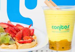 Waffle con fruta + malteada de Yogurt