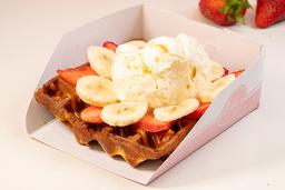 Waffle de Arequipe, Helado y 2 Frutas