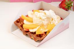 Waffle de Arequipe, Helado y 3 Frutas