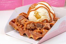 Waffle de Arequipe, Helado y Brownie